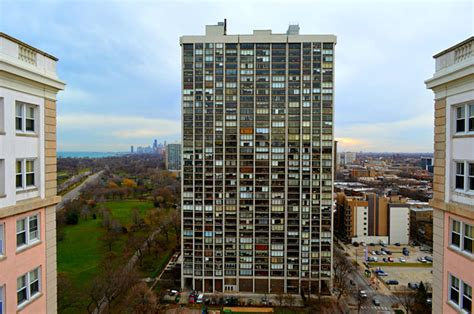 Apts For Rent In Edgewater Chicago Breathtaking Views From All 4 Corners Of The Edgewater