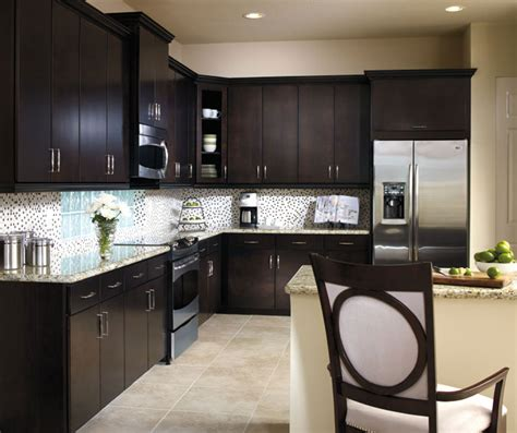 What Type Of Paint To Use On Bathroom Cabinets Birch Kitchen Cabinets Aristokraft Cabinetry