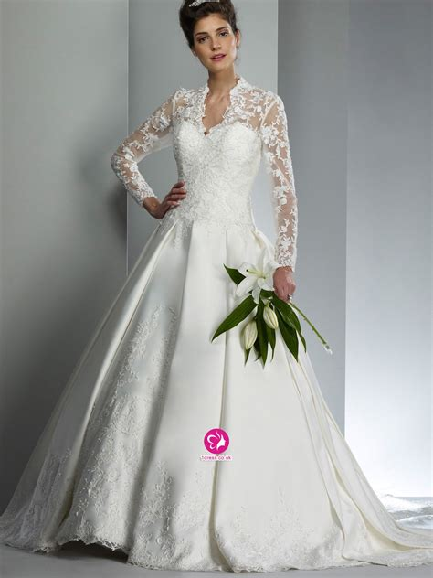 wedding trend ideas long sleeve wedding dress