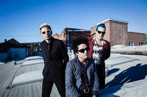 testi green day still breathing di green day testo traduzione e