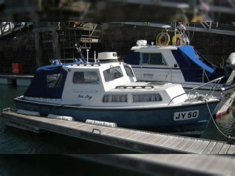 boat sales jersey channel islands silva yates channel island 22 for sale daily boats buy