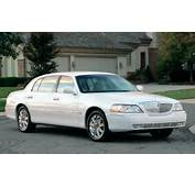 Lincoln 1998 Town Car Image 3