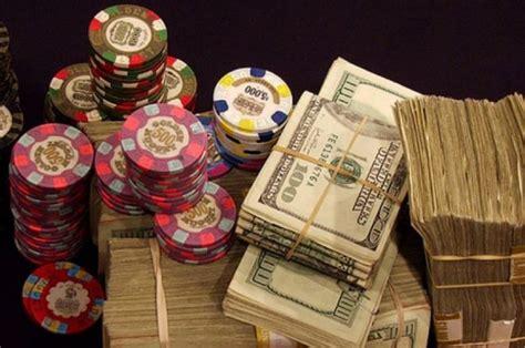 money playing poker pokernews