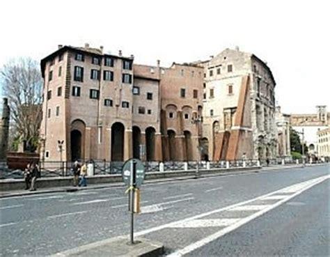 Palazzo Orsini Roma by Palazzo Orsini Vendesi Casa Sulla Storia 32 Milioni Di