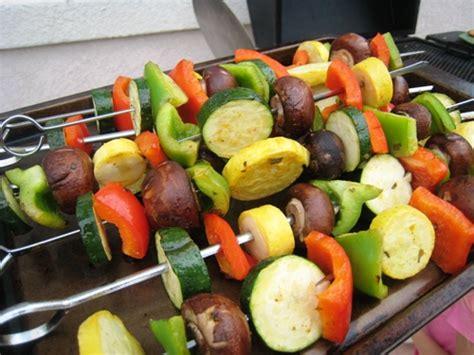 vegetables kabobs grilled vegetarian kabobs