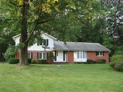 1150 riverside dr painesville ohio 44077 reo home