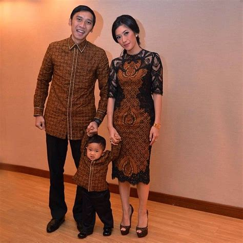 Dress Anak Bulu Motif Kancing 1 1000 images about kebaya batik on batik blazer wrap dresses and jakarta