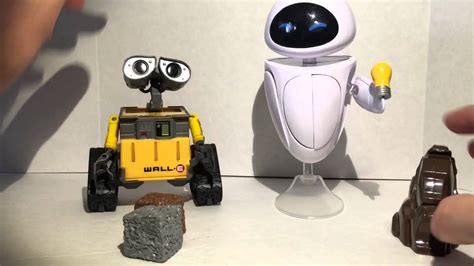 wall e figure disney pixar s wall e and figure review