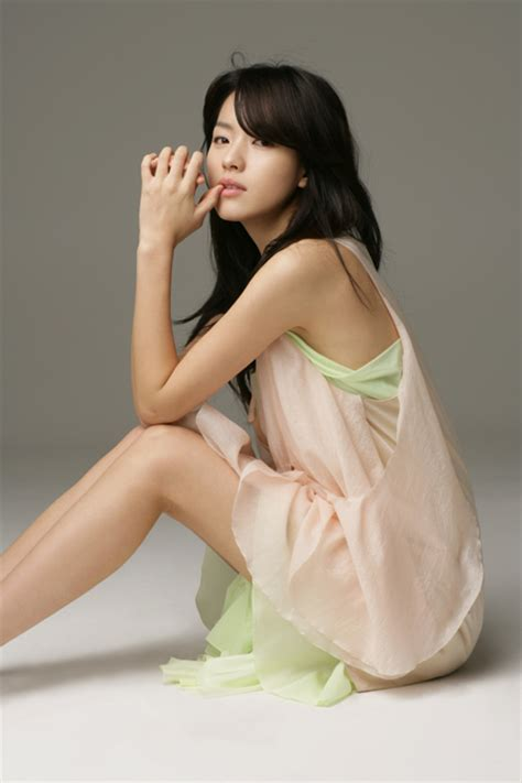hot asiana bio artis aktor korea artis korea han hyo joo profile foto celebs hot photo