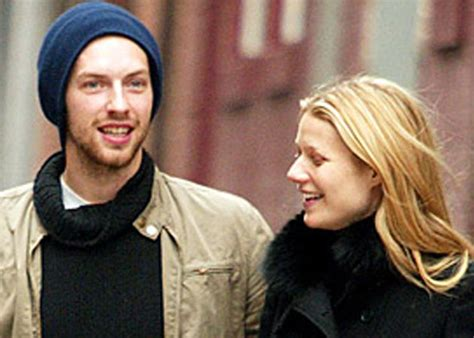 chris martin and gwyneth paltrow wedding gwyneth paltrow chris martin giving relationship another