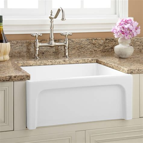 Farm Kitchen Sink 24 Quot Risinger Reversible Fireclay Farmhouse Sink Casement