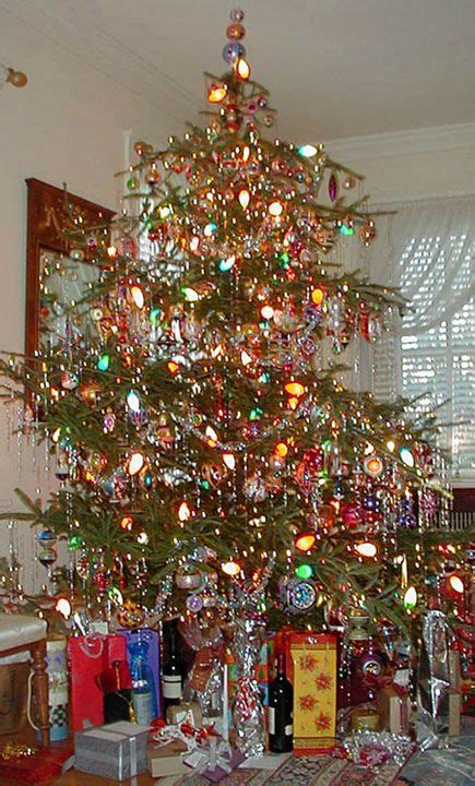 vintage christmas tree 1000 ideas about vintage christmas trees on pinterest