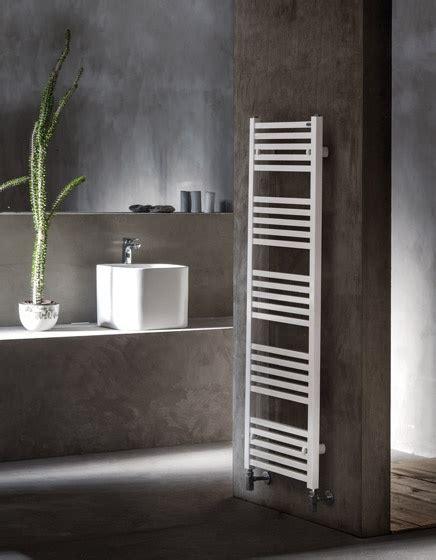 radiatori scaldasalviette bagno scaldasalviette tower caleido