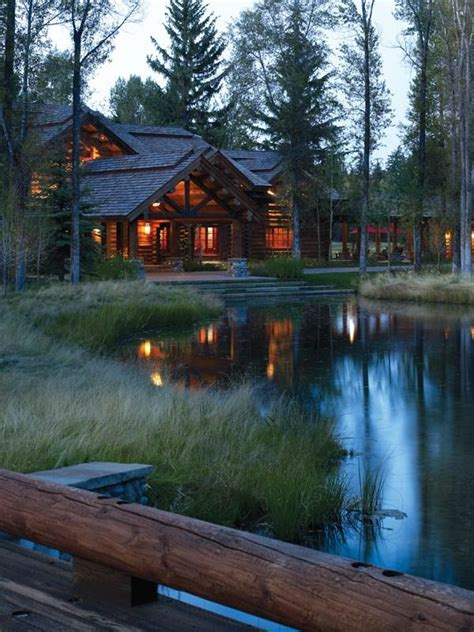 Cabin By The Water by 25 Best Ideas About Secluded Cabin On