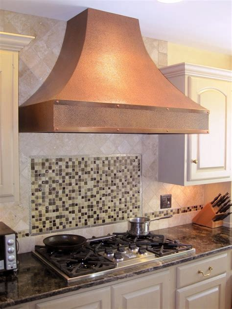 Functional and Elegant: Copper Vent Hoods   Sortrachen