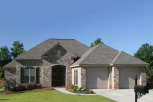 2 Car Garage Sq Ft by European Style House Plan 3 Beds 2 Baths 1600 Sq Ft Plan