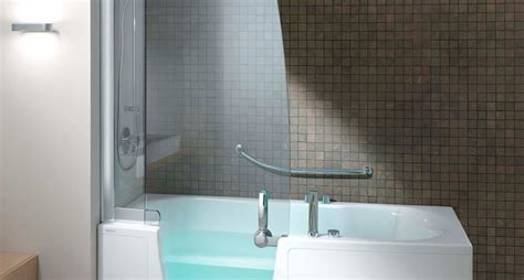 doccia e vasca insieme sostituzione vasca con doccia cabine doccia