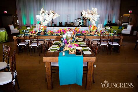 Accent Table Decor Two Key Elements For Your Wedding Decor The Youngrens