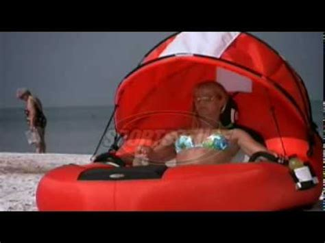 feel good pool lounge float with a canopy cozydays youtube