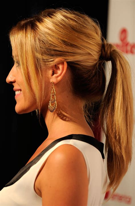 Ponytail Hairstyles by Hairstyle Trend For Fall Winter 2011 2012 Simple Yet