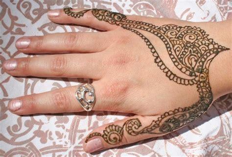 henna tattoo h nde waschen ideen und anleitung zum henna selber machen