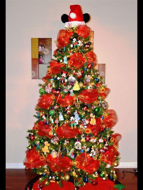 ayudita con motivos de disney navidad pinterest