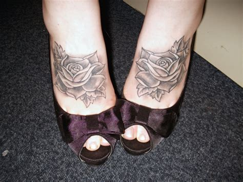 roses on foot tattoo by strappingyoungfran on deviantart