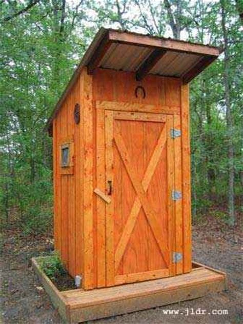 Outhouse Bathroom Ideas by 1 Outhouse Plans And Ideas For The Homestead Diy