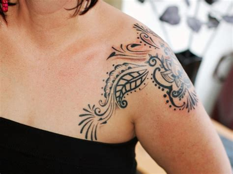 female shoulder tattoo best places on the to get tattoos for