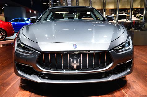 maserati ghibli maserati refreshes ghibli for 2018 with new face updated