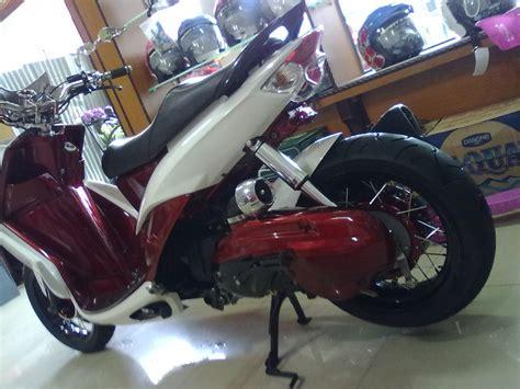 Modif Mio Sporty Touring by Koleksi Modifikasi Motor Lowrider Terbaru Dunia Motor