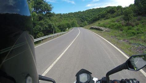 motosikletle uzun yolda olmazsa olmaz ekipmanlar iki