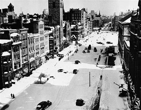 worst snowstorms in history winter blasts from the past historic blizzard photos