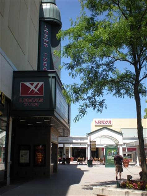 Amc Gardens by Amc Loews Gardens Cinemas At Orchard 7 13 In Skokie