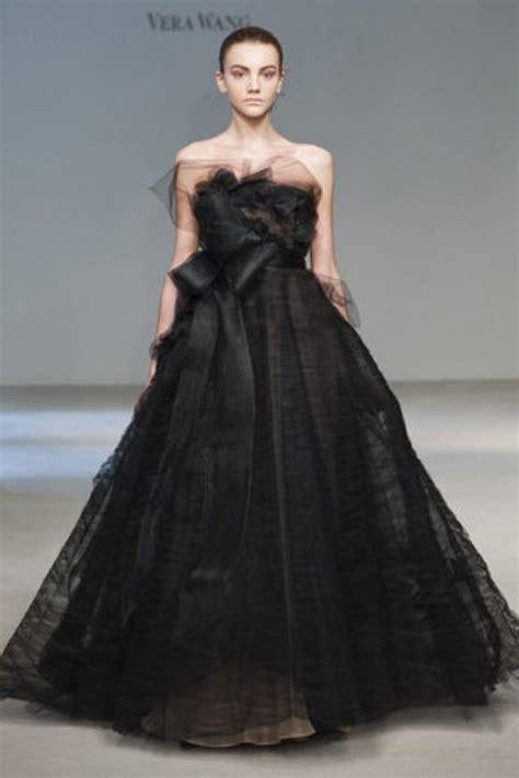 d black oh vera vera wang wedding dress with black ribbon vera wang