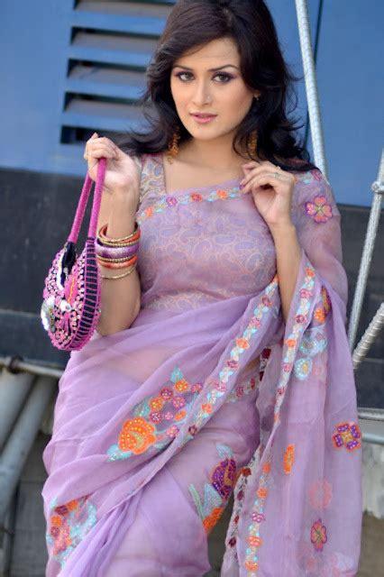 nadia khanom nodi latest picture  biography