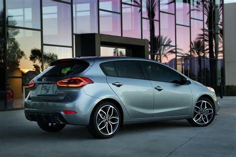 5 Door Kia 2014 Kia Forte 5 Door Debuts With 201hp Turbo Gdi