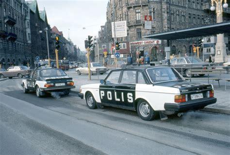 saab 900 volvo 240 swedish polis volvo 200 serie
