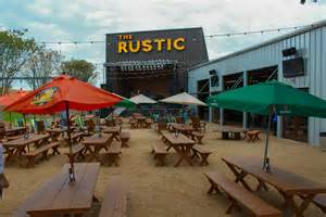 The Backyard Restaurant Sunday Funday Live Music The Rustic Kitchen