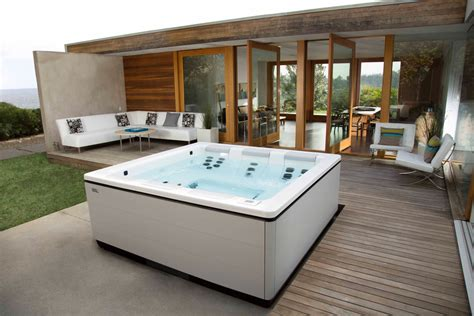Home Spa Bathtub Stil A Modern Tub Design By Bullfrog Spas