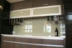 Kitchen With Glass Backsplash by Stylebust 187 Kitchen