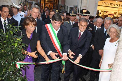 banca nuva banca nuova inaugura la nuova filiale di taormina