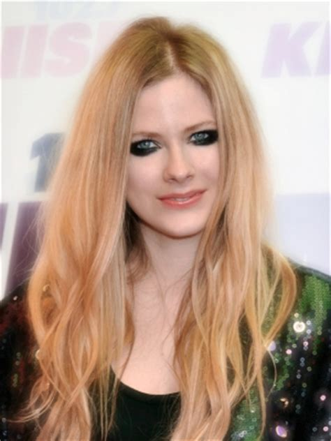 Avril Lavigne Diet And Workout by Avril Lavigne Plastic Surgery Before And After
