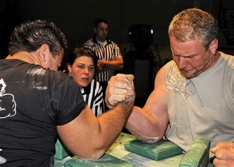 tavolo braccio di ferro la tecnica nel braccio di ferro tecniche per vincere