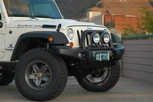 Jeep Wrangler Jk Lug Pattern Aev 17x8 5 Pintler Wheel In Silver With 5x5 Bolt Pattern