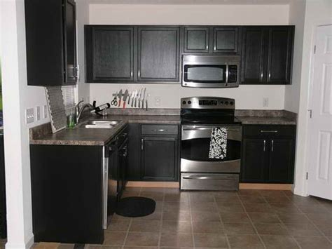 black painted kitchen cabinets painting kitchen cabinets black