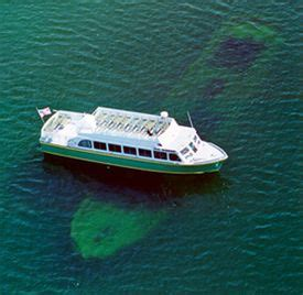 glass bottom boat ride tobermory glass bottom boat shipwreck tour munising northern