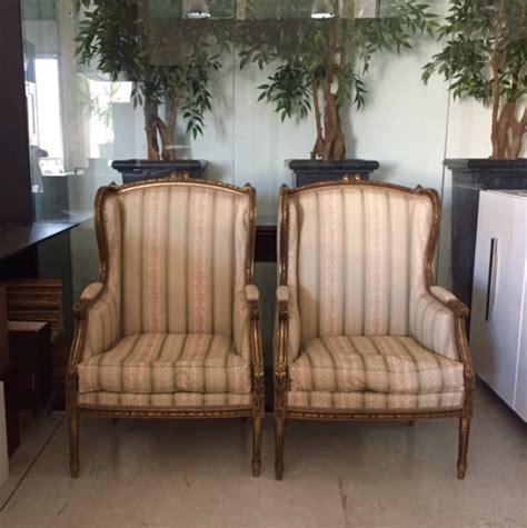 divani legno e tessuto divano legno e tessuto divano tessuto damascato idee