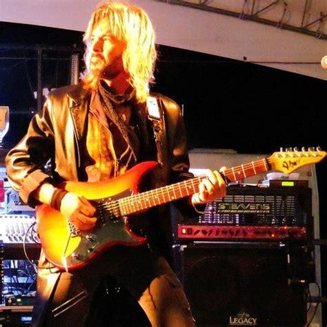 nuovo chitarrista vasco morto alberto fortuni chitarrista di nuovo fronte cover