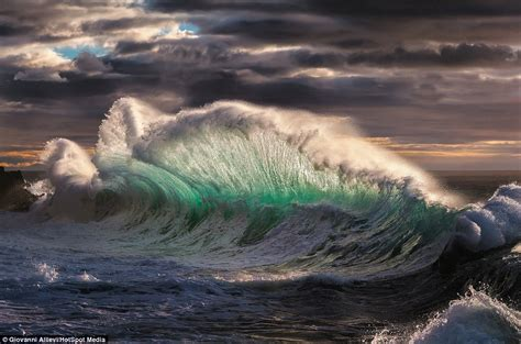 rough layout photography dramatic photographs show ice cold waves crashing against